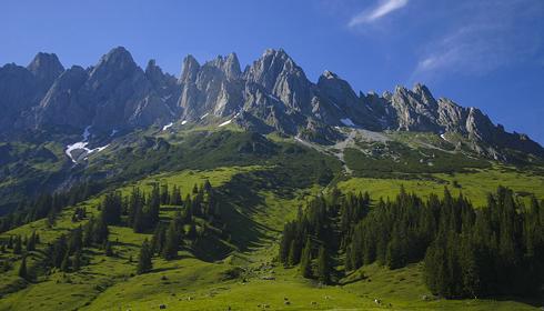 Berge in der Umgebung der Anlage